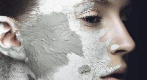 4 Ways to Shrink Pores Naturally