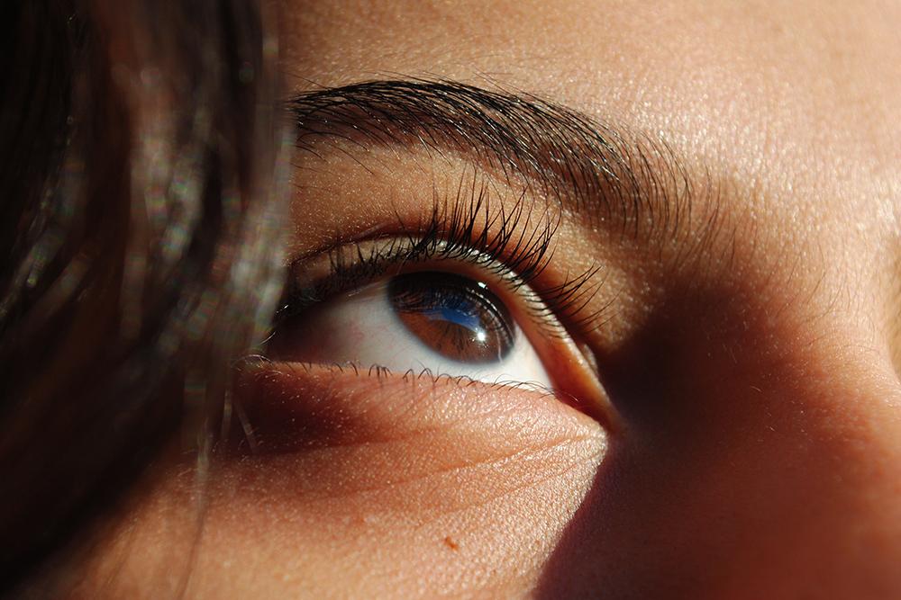 7 Ways to Get Brighter Eyes